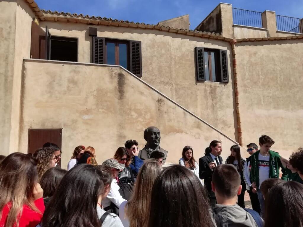 Casa natale di Luigi Pirandello. Alcuni momenti della visita degli studenti partecipanti al Concorso Uno nessuno e centomila nel 2019
