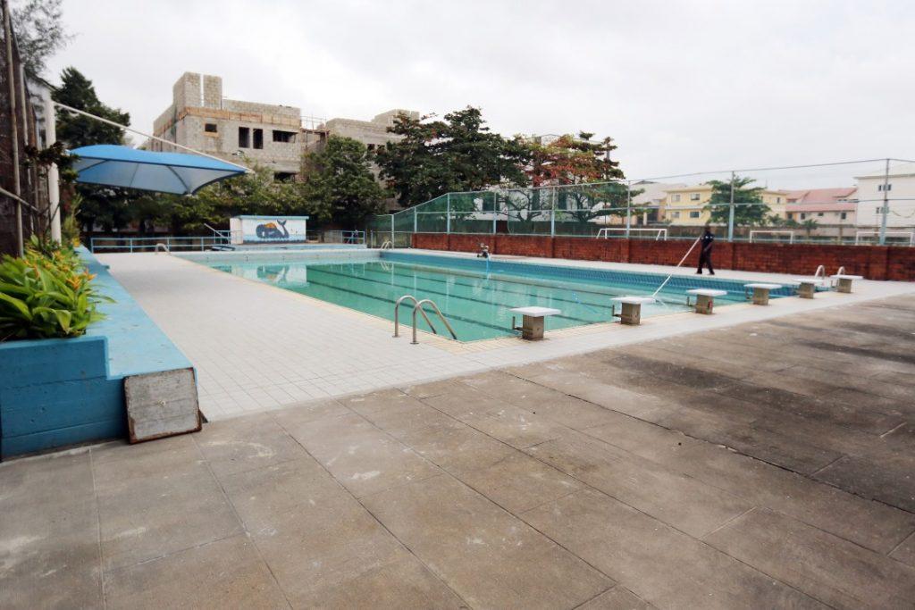 """La piscina dell'Italian International School """"Enrico Mattei"""" di Lagos"""