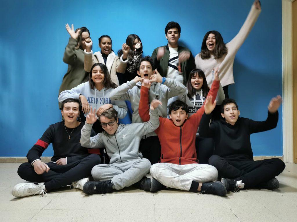 La gioia degli alunni dell'Istituto scolastico italiano G.B. Hodierna di Tunisi, vincitori del terso premio