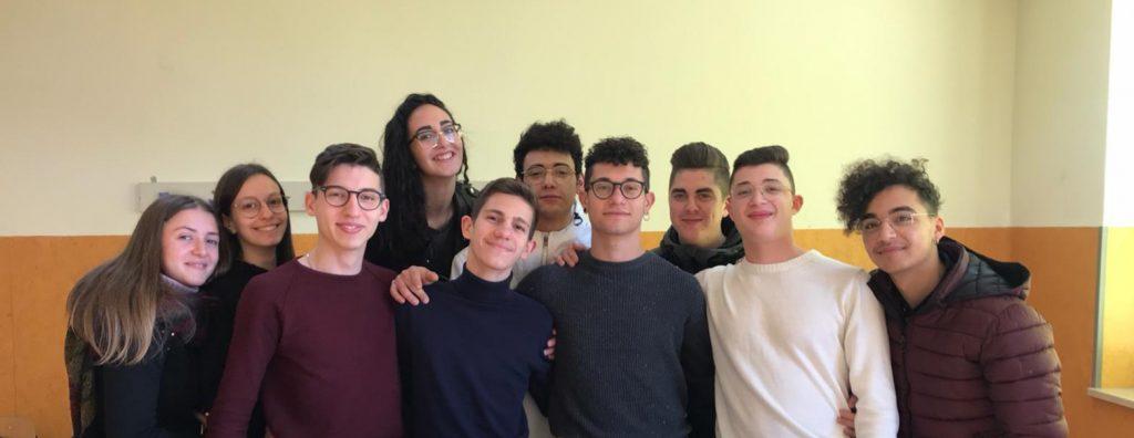 Gli alunni della IV B dell'Odontotecnico